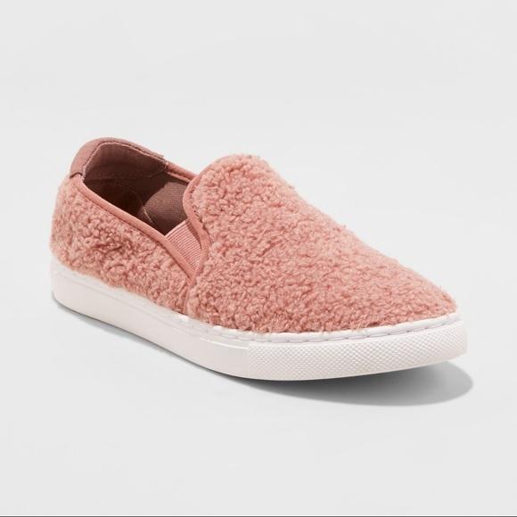 b15f75fa2f5 nwt • sherpa teddy slip on sneakers NWT